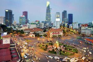 Thị trường bất động sản Hà Nội 'nóng' đều, TP. HCM 'giảm nhiệt'