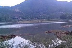 Nghệ An: 2 học sinh đuối nước thương tâm khi đi câu cá ven đập