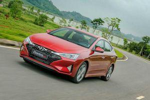Hyundai Elantra 2019 giá 580 triệu đồng có cạnh tranh được với Kia Cerato, Mazda3?