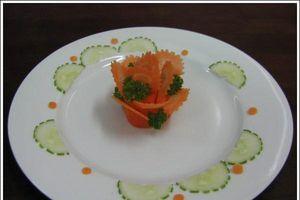 4 mẹo trang trí món ăn giúp cô dâu mới 'ghi điểm' với mẹ chồng