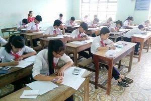 Vĩnh Phúc: Giáo viên bị nợ tiền dạy dư giờ kéo dài