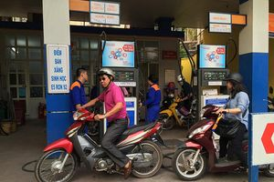 Giá xăng, dầu đồng loạt giảm từ chiều nay (17/5)