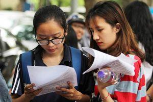 Ôn thi THPT Quốc gia: Hướng dẫn làm bài phần làm văn môn Ngữ Văn