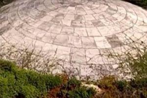 Cảnh báo ớn lạnh: Quan tài hạt nhân đang bị rò rỉ