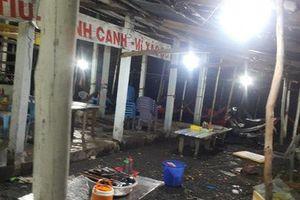 Bắt 2 đối tượng đập phá quán ăn 'chặt chém' ở Long An