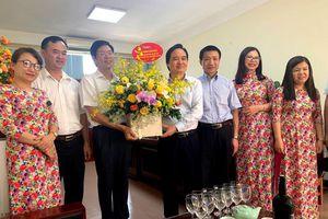 Bộ trưởng Phùng Xuân Nhạ chúc mừng Ngày khoa học và công nghệ Việt Nam
