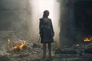 Game of Thrones mùa cuối: Chúng ta như Arya Stark giữa chiến địa hoang tàn