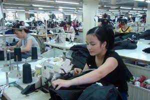 Công nghiệp thời trang Việt vẫn yếu, bất chấp những nỗ lực