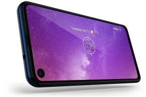 Motorola ra mắt One Vision, giá 7,8 triệu đồng, không còn bị coi là 'bản sao' iPhone