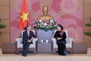 Italy wants to share experiences of small and medium enterprises management with Vietnam