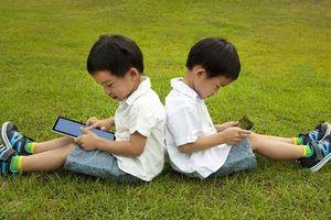 Tiết lộ về số giờ trẻ dưới 5 tuổi có thể dùng tivi - điện thoại, cha mẹ nên biết