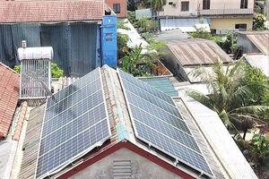 Quảng Bình: 18 khách hàng lắp đặt hệ thống điện mặt trời mái nhà