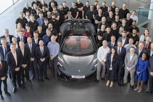 McLaren 600LT Spider phiên bản đặc biệt - Siêu phẩm chào mừng cột mốc 20.000 xe xuất xưởng chính thức ra lò