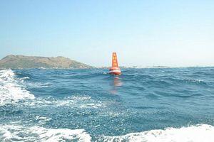 Lắp đặt xong hệ thống phao phân vùng khu Bảo tồn biển Lý Sơn