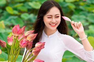 Hoa khôi Imiss Thăng Long đẹp tinh khôi trong tà áo dài trắng