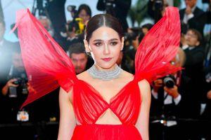 'Biểu tượng gợi cảm' Thái Lan quyến rũ trên thảm đỏ Cannes