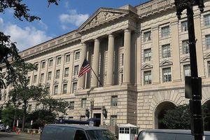 Bộ Thương mại Mỹ bất ngờ tạm hoãn 'cấm cửa' Tập đoàn Huawei của Trung Quốc
