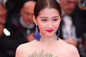 Quan Hiểu Đông đẹp 'mơ mộng' tại Cannes 2019