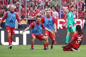 'Hủy diệt' Frankfurt, Bayern vô địch Bundesliga mùa thứ 7 liên tiếp