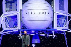 Ông chủ Amazon tiết lộ kế hoạch 'thôn tính vũ trụ'