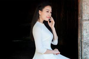 Quán quân Sao Mai Huyền Trang thể hiện ca khúc mới nhất về Bác Hồ