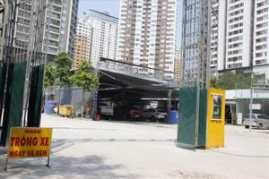 Hà Nội: Phát hiện dấu hiệu vi phạm tại 2 điểm trông giữ xe