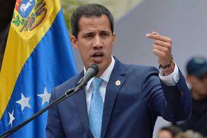 Tương lai của Venezuela: Cuộc chiến vì… dầu mỏ?