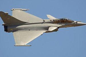 7 tiêm kích Pháp phải hạ cánh khẩn cấp ở Indonesia