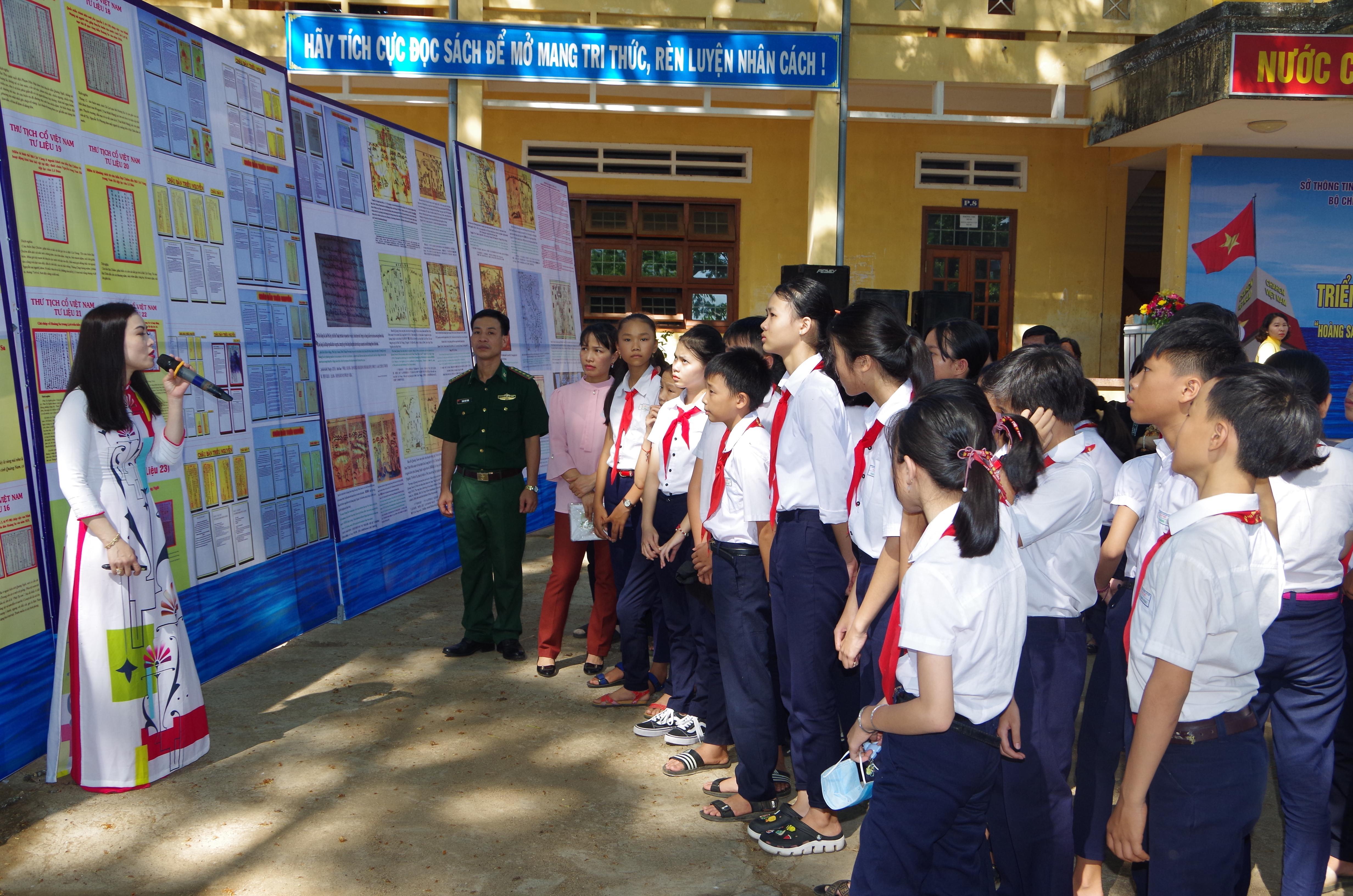 Bình Định: Triển lãm bản đồ và trưng bày tư liệu về chủ quyền Hoàng Sa, Trường Sa