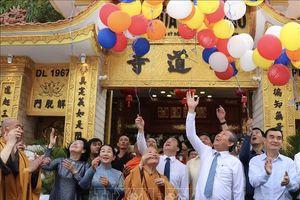 Phó Thủ tướng Trương Hòa Bình chúc mừng Đại lễ Phật đản tại TP Hồ Chí Minh