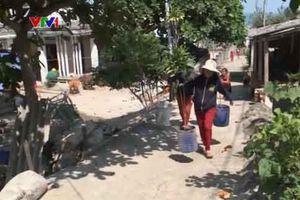 Quảng Ngãi: Hàng trăm hộ dân 'khốn đốn' vì thiếu nước sinh hoạt