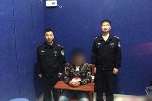Chàng trai Trung Quốc bị bắt 10 ngày vì 'đặt nhầm tên' cho chó