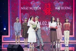 Văn Mai Hương bất ngờ làm đám cưới cổ tích thập niên 90 với quản lý của Hòa Minzy