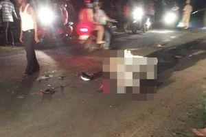 Va chạm với xe máy kéo trong đêm, 2 người thiệt mạng