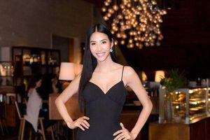 Hoàng Thùy - nữ hoàng thống trị váy áo 2 dây của làng thời trang Việt