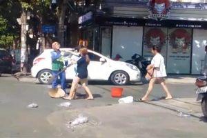 Quảng Trị: Chủ cửa hàng bán quần áo lên tiếng sau khi đánh chị lao công