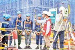 Chú trọng bảo đảm an toàn vệ sinh lao động