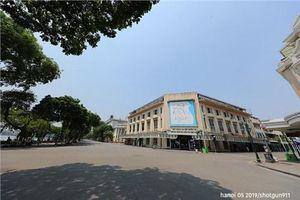 Đường phố Hà Nội 'vắng như chùa Bà Đanh' ngày nắng nóng đỉnh điểm