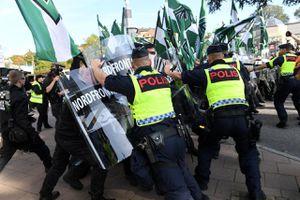Thụy Điển đau đầu vì thiếu cảnh sát