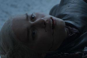 Khán giả bức xúc cho mẹ rồng trong tập cuối 'Trò chơi vương quyền'