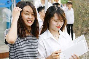 Thí sinh đăng ký xét tuyển ĐH Kinh tế quốc dân tăng kỷ lục, điểm chuẩn có tăng?