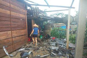 Lốc xoáy cùng mưa lớn ở Hà Tĩnh, hơn 150 ngôi nhà tốc mái