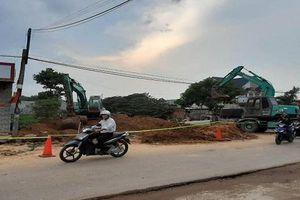 Nam công nhân tử vong khi khối đất lớn bất ngờ đổ sập