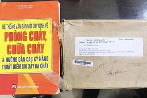 Giả danh cảnh sát PCCC để bán tài liệu dởm