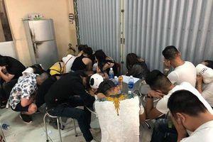 Đột kích vũ trường lớn nhất Đà Nẵng, phát hiện 75 dân chơi đang phê ma túy