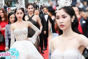 Có một người đẹp Việt nữa cùng đi thảm đỏ Cannes với Ngọc Trinh nhưng lại được khen ngợi đẹp 'thuần khiết' như công chúa