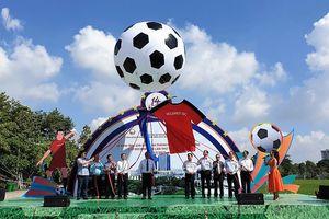 Bình Dương: Khai mạc giải bóng đá cho người lao động