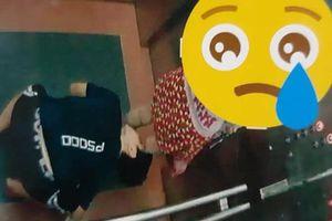 Chung cư ở Bình Định dán hình kẻ 'biến thái' nhìn dưới váy cô gái trong thang máy để cảnh báo cư dân