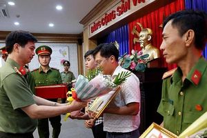 Khen thưởng nhân viên khách sạn vụ xác người trong bê tông