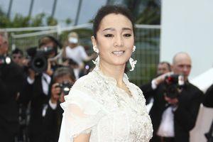 Củng Lợi đảm nhận vai phản diện trong 'Hoa Mộc Lan' bản điện ảnh